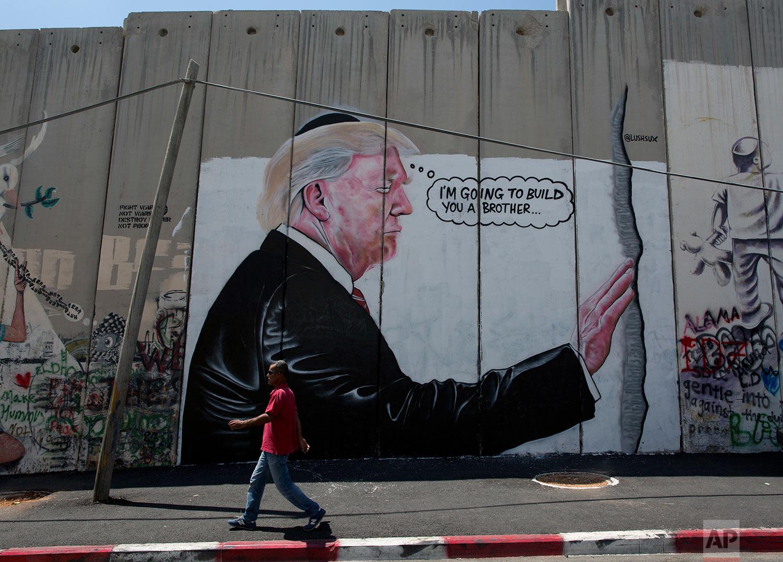 Israel Palestinians Banksy