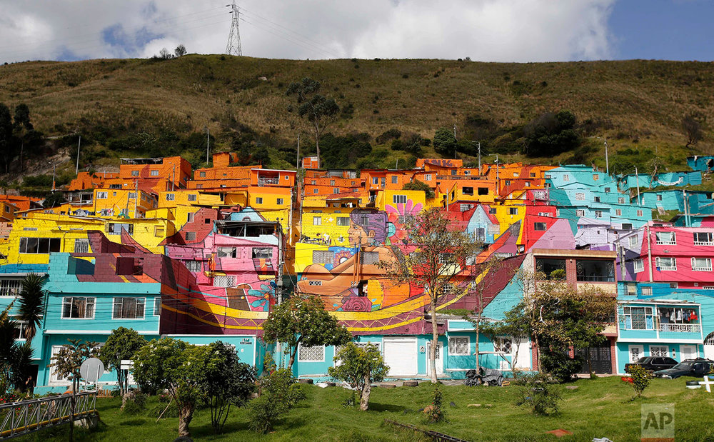 Colombia Mural