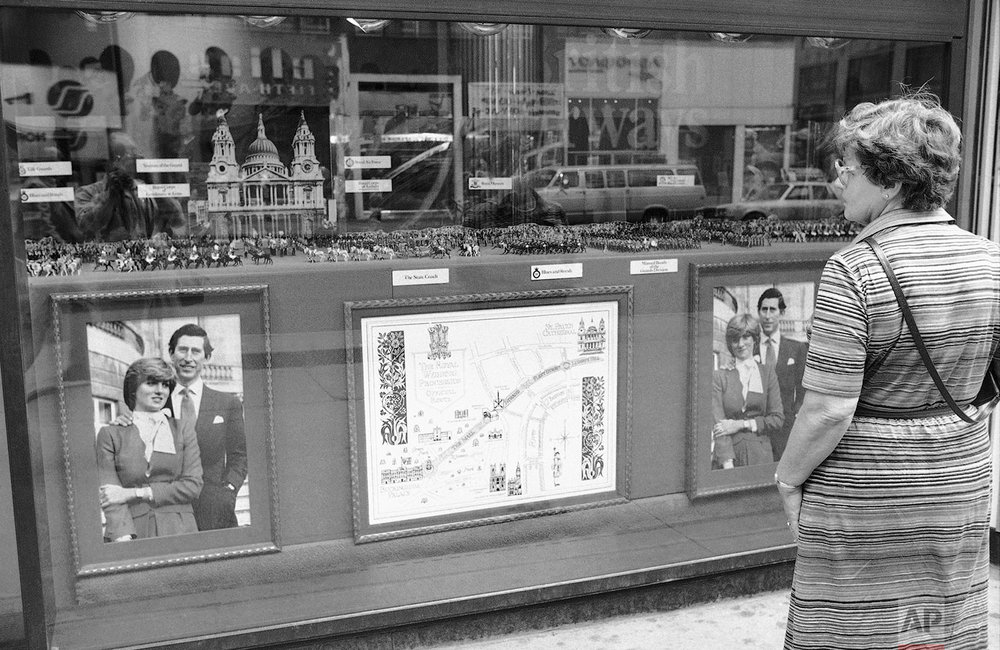Window display of the royal wedding in 1981