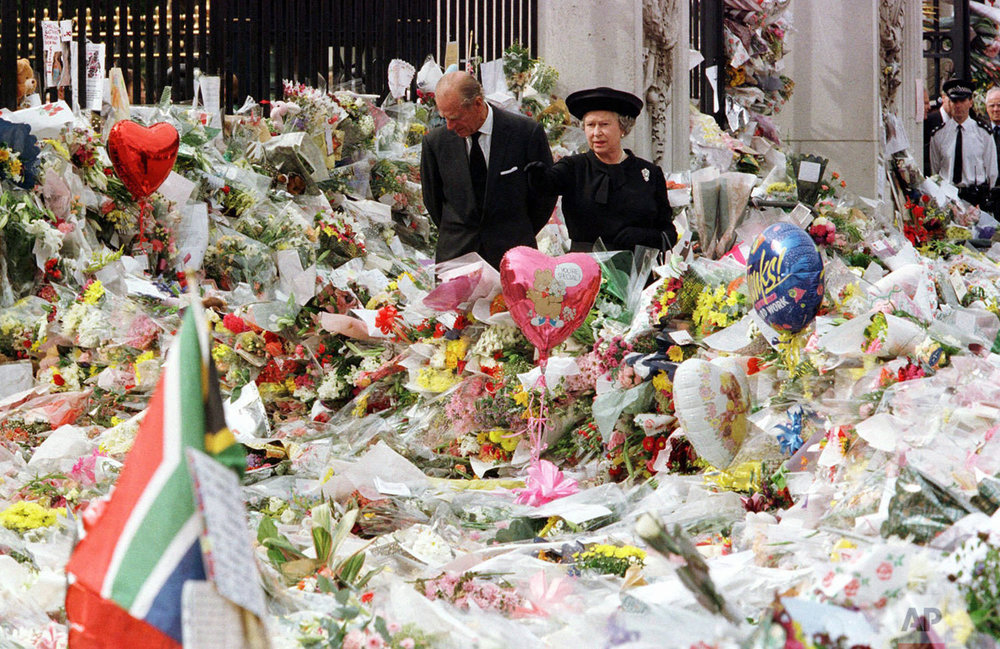 Queen Elizabeth II and Prince Philip at Buckingham Palace tribute for Princess Diana prior to her funeral in 1997