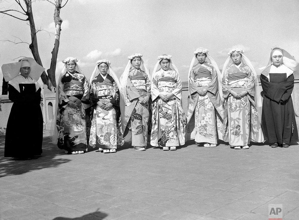Nuns in Tokyo | Oct. 8, 1946
