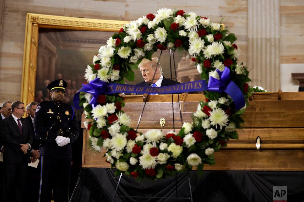 Trump Billy Graham