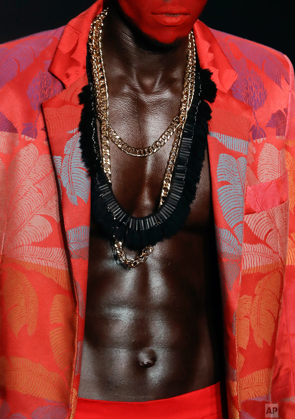 A model wears a creation from the Joao Pimenta collection during Fashion Week in Sao Paulo, Brazil, Oct. 26, 2018. (AP Photo/Andre Penner)