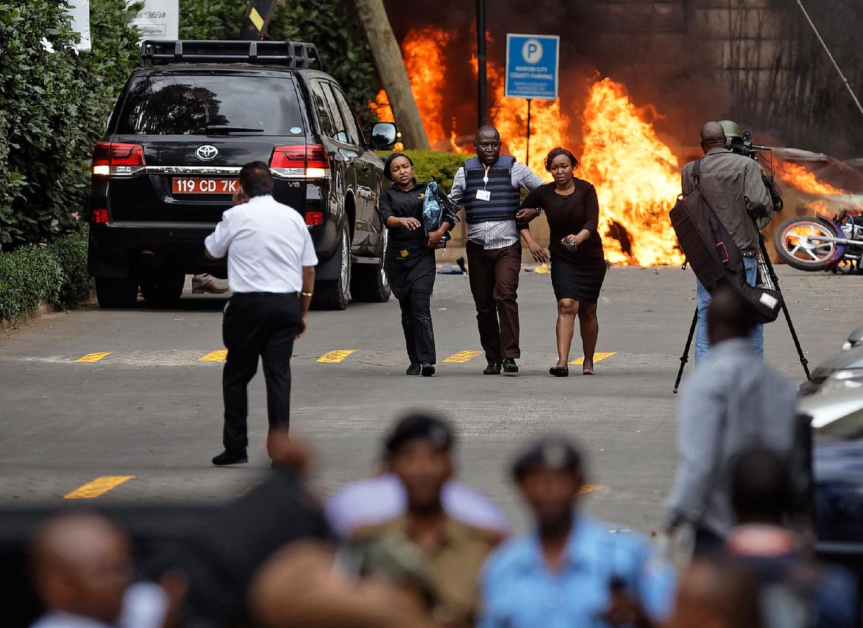 Extremists storm luxury hotel in Nairobi