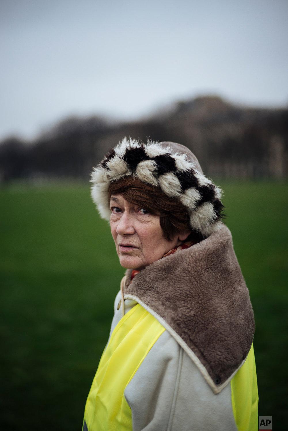 Marie-Gwen, 62  Retired