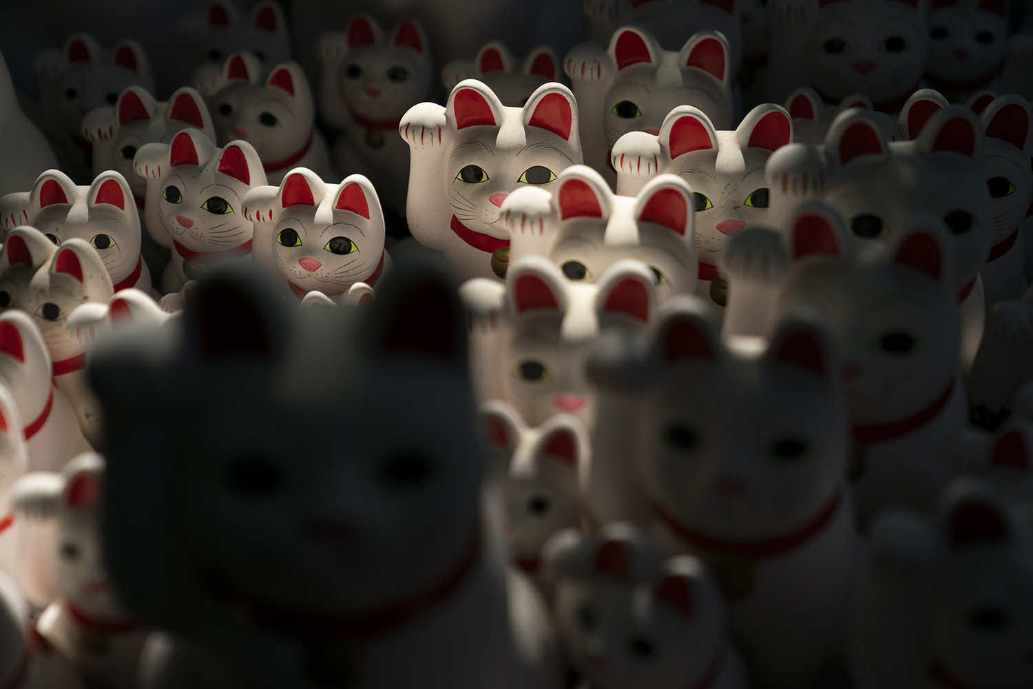 Countless lucky cats beckon at Tokyo temple