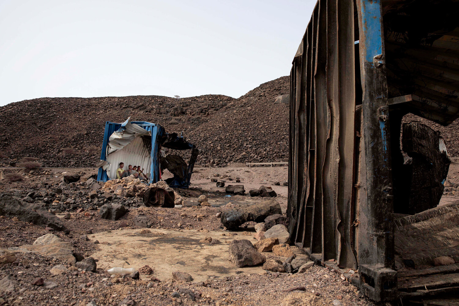 Ethiopians brave deserts and smugglers on the way to Saudi