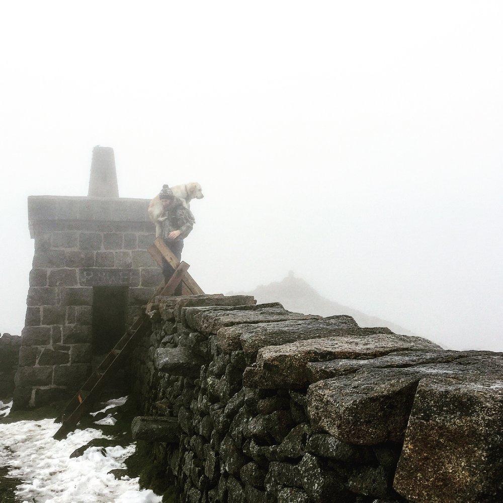crossing_wall_hares_gap_slieve_donard_newcastle_tollymore_mourne_mountains_ni_explorer_niexplorer_northern_ireland_blog.jpg
