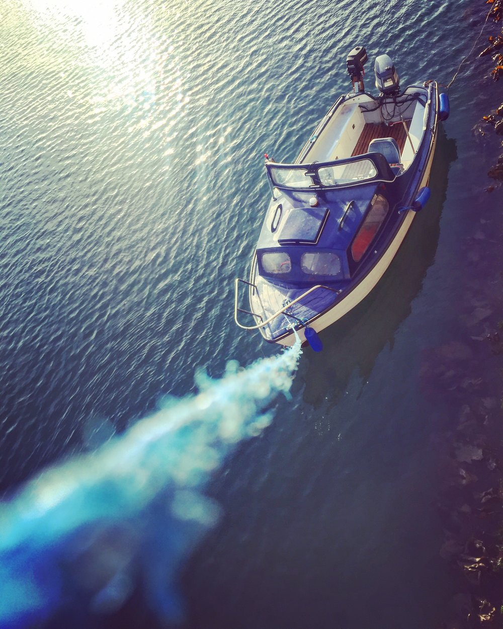 boat_tied_Donaghadee_town_harbour_pier_ni_explorer_niexplorer