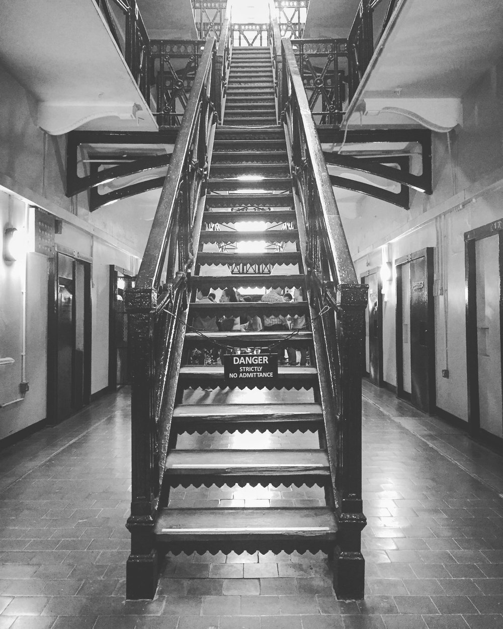 stairs_prison_crumlin_road_jail_brewbot_beer_belfast_ni_explorer_niexplorer_northern_ireland_blog.jpg