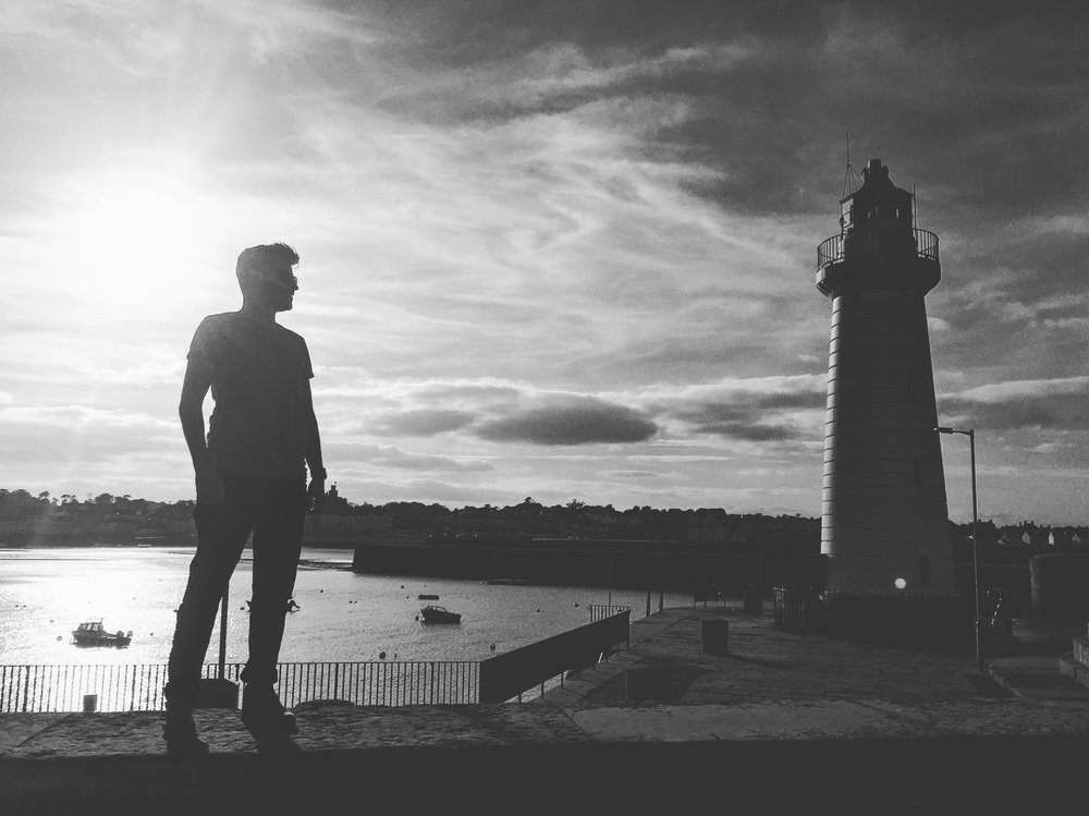 sunset_silhouette_people_lighthouse_Donaghadee_town_harbour_pier_ni_explorer_niexplorer