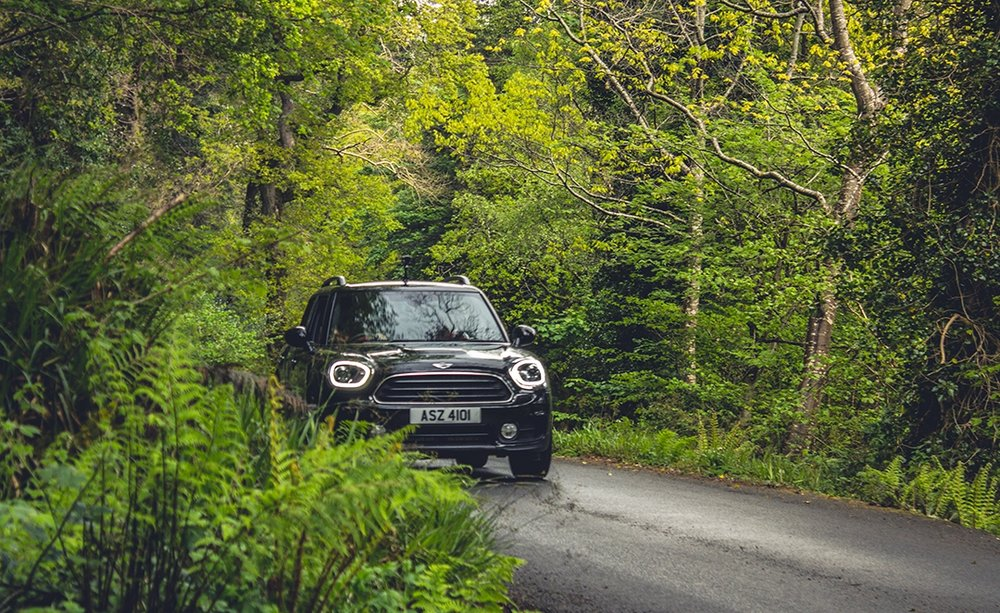 mini_countryman_david_prentice_niexplorer_niexplorer_northern_ireland (1)_Fotor.jpg