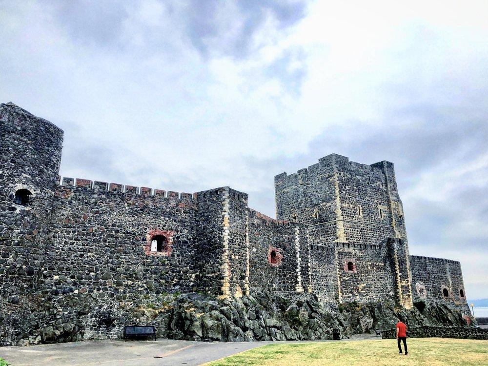Carrickfergus_Castle_Northern_Ireland_NI_EXPLORER (9).jpg