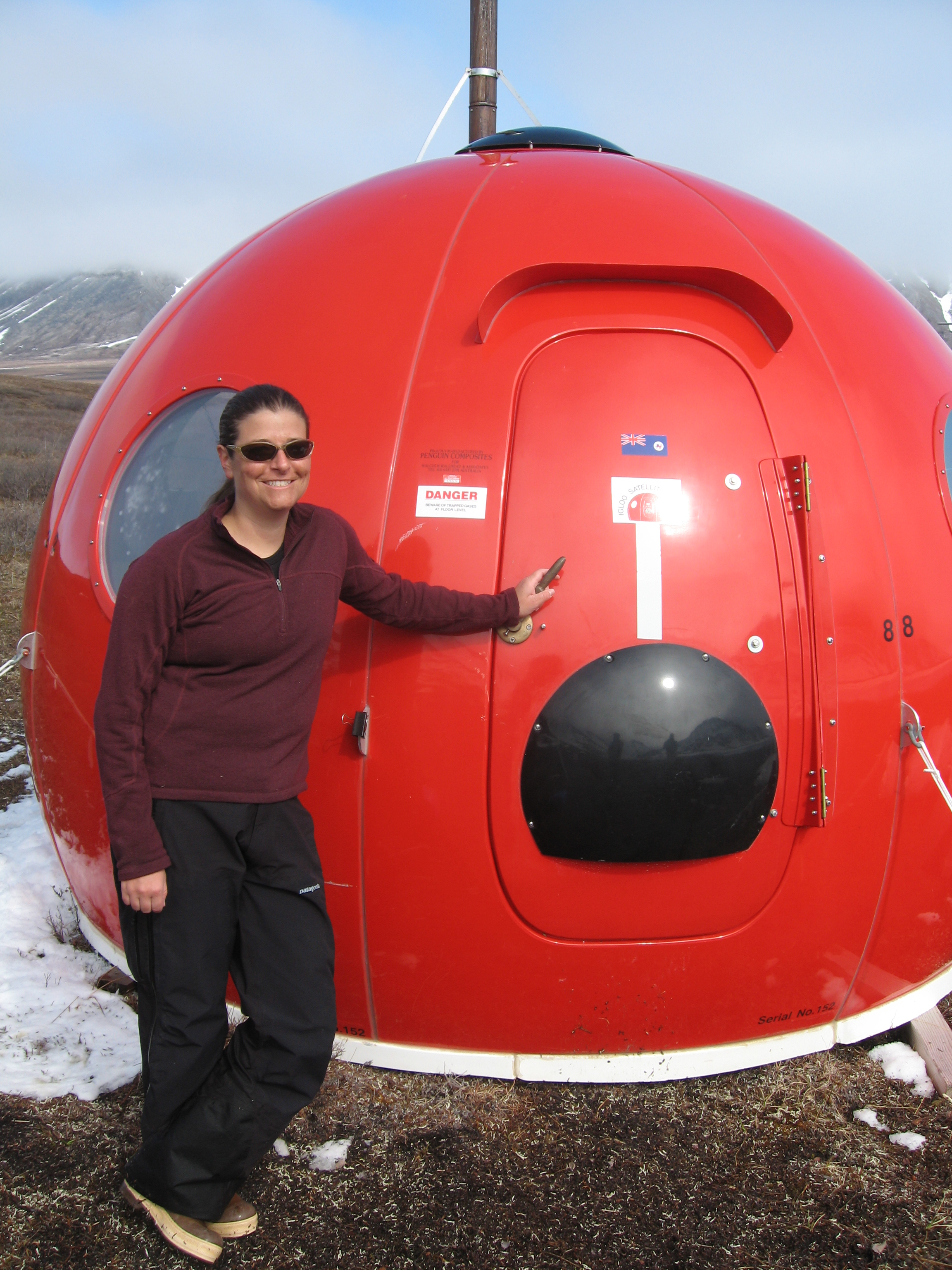 Post-doc Stephanie Parker, a streams expert, says goodbye to the Igloo--and to the Toolik/Ivishak field site. A long-standing researcher in the area, Dr. Parker has accepted a position at an environmental consulting firm in Anchorage.