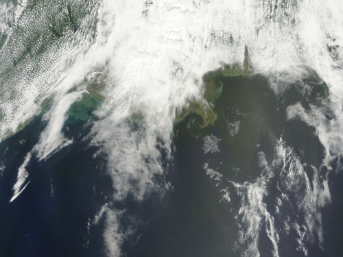 NASA_Satellite_Imagery_Keeping_Eye_on_the_Gulf_Oil_Spill-500x375.jpg