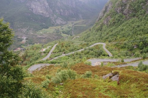 RoyIMG_0662_Lysefjord_27_switchbacks