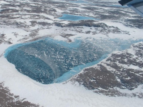 Frozenmeltwaterlake