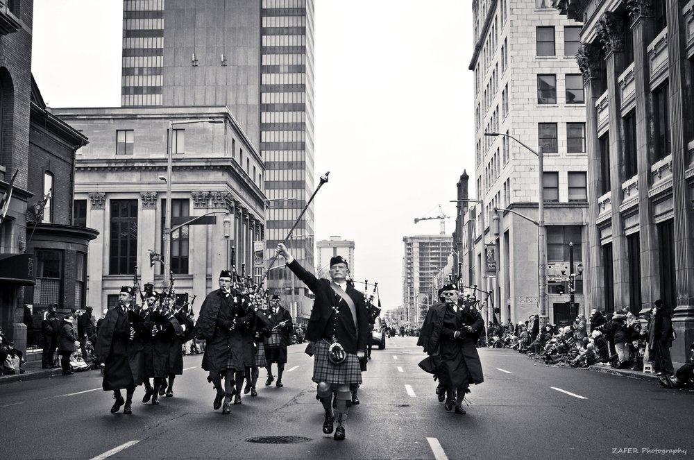 santa clause parade street 10 sm.jpg