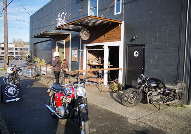 The door is up! Come have a beer on our patio and enjoy the sunshine before it goes away.  #coffee #moto #seattle #beer