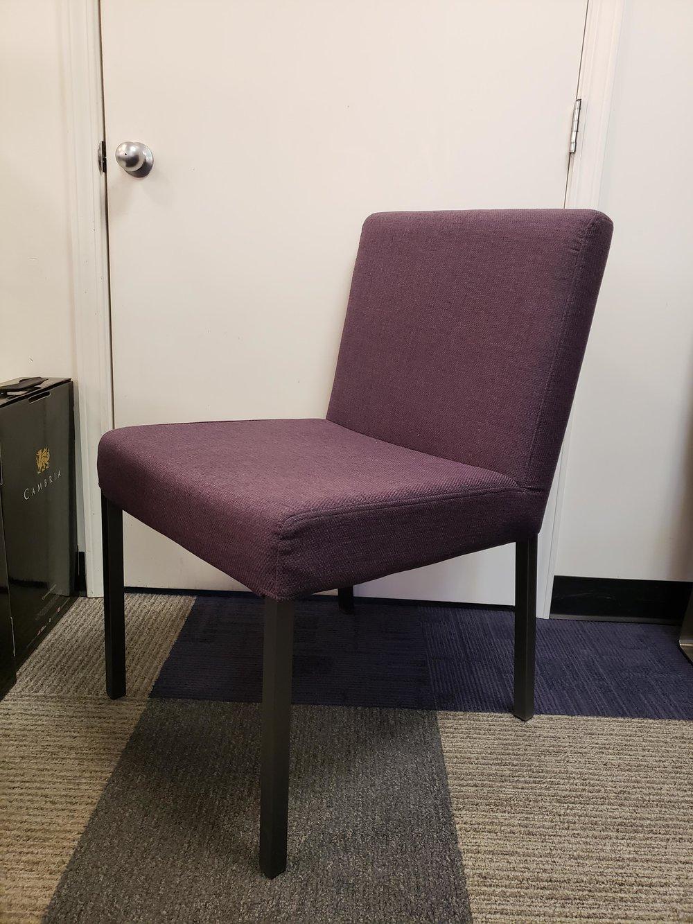 Mero Chair