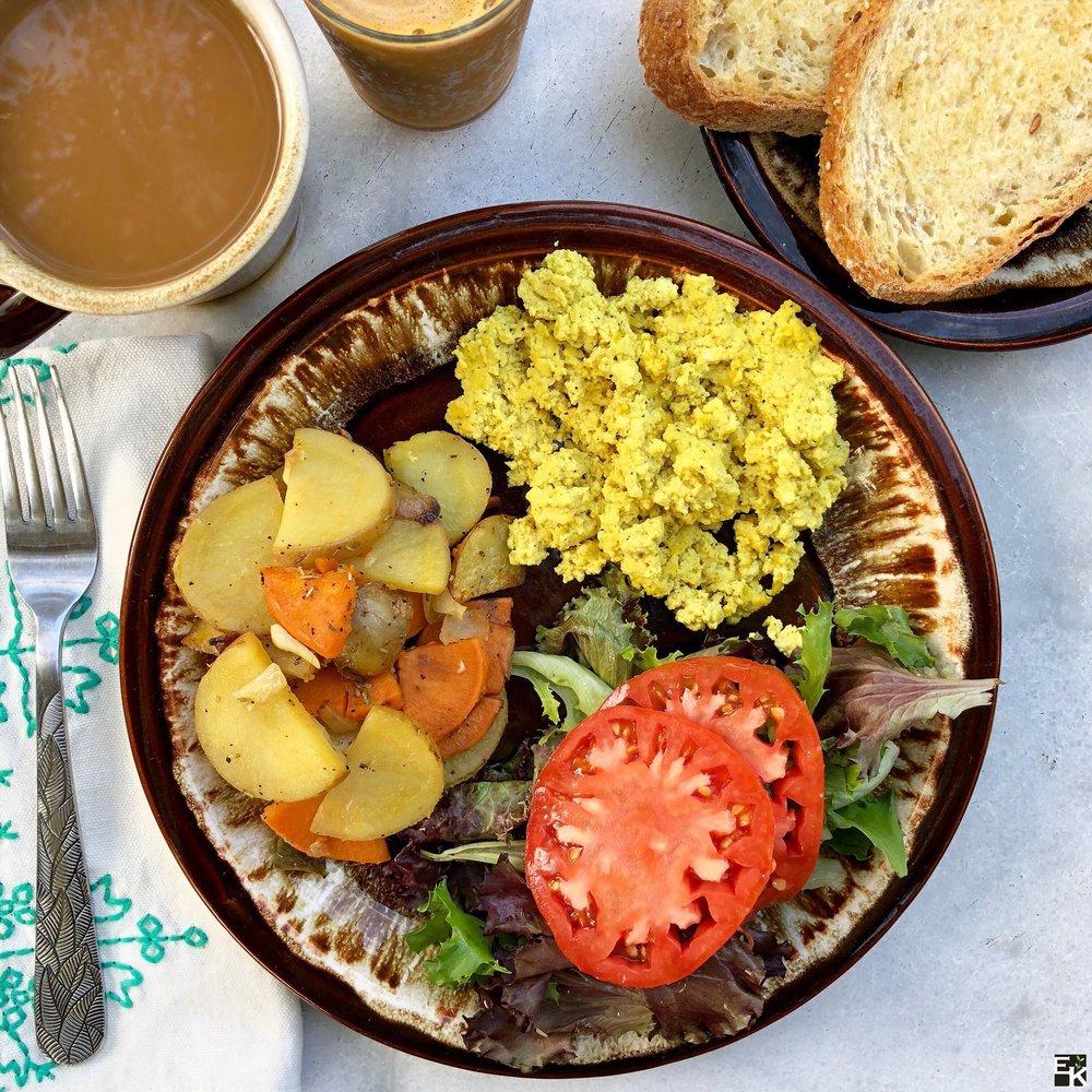 Eggy_tofu_scramble_potato_hash.jpg