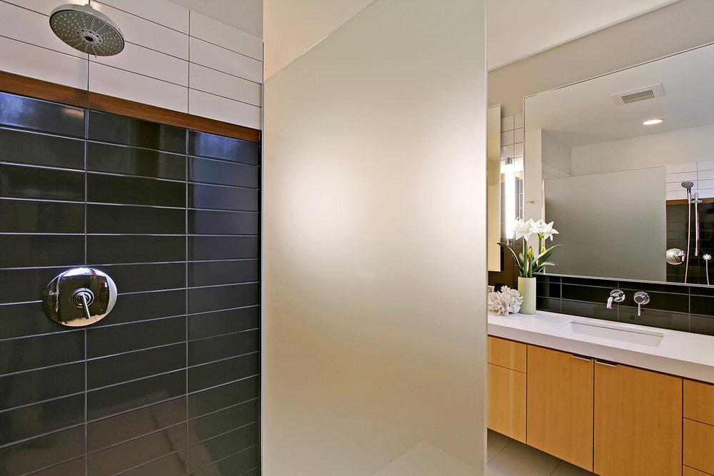 Creative Modern Bathroom Design