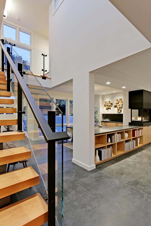 Open Floor Plan Fir Stair