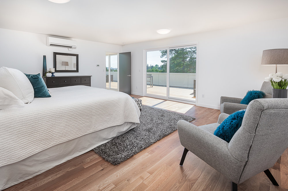 Master Bedroom with privacy and natural light