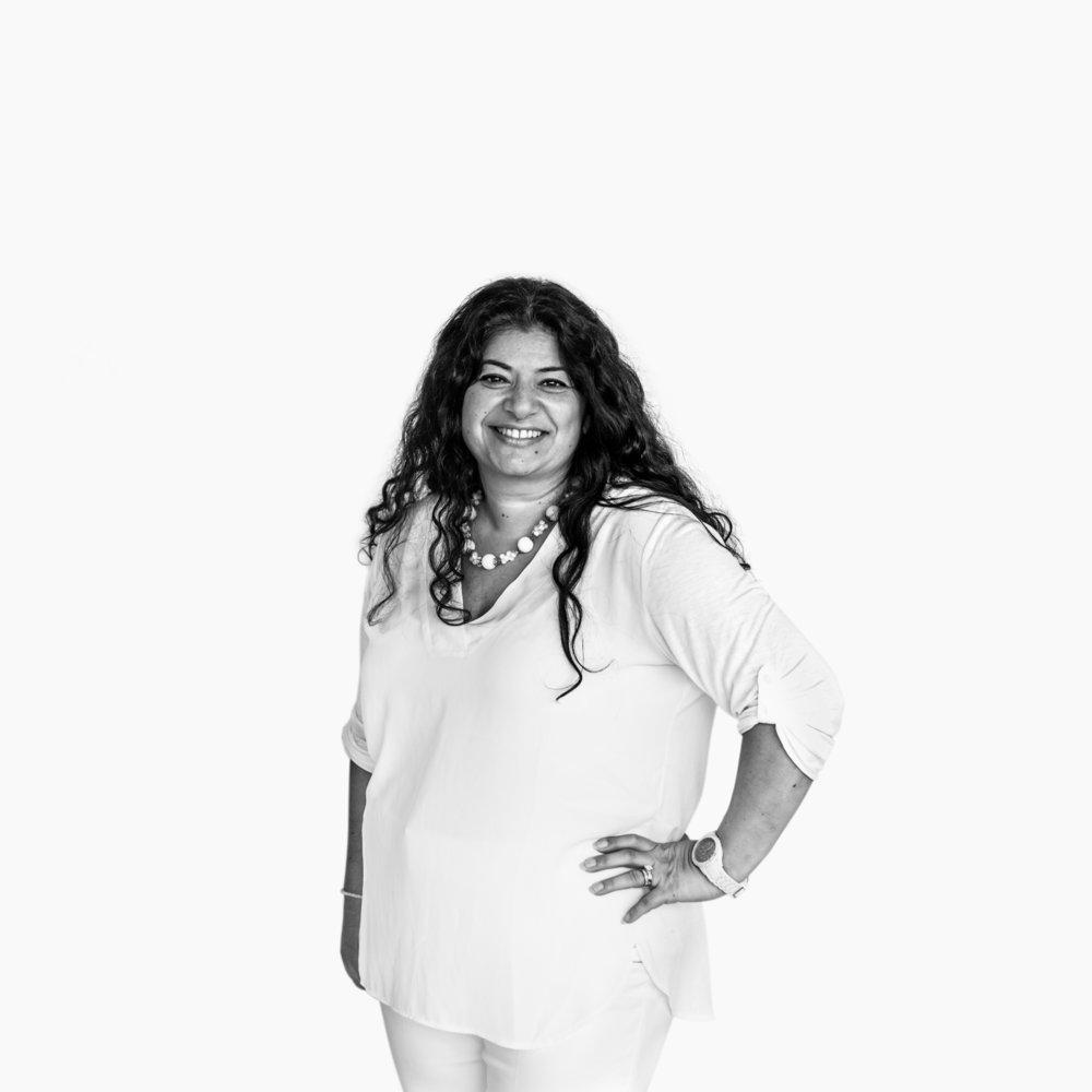 Sofia Seitchik, Founder of Global Deaf Women.  Follow her on IG