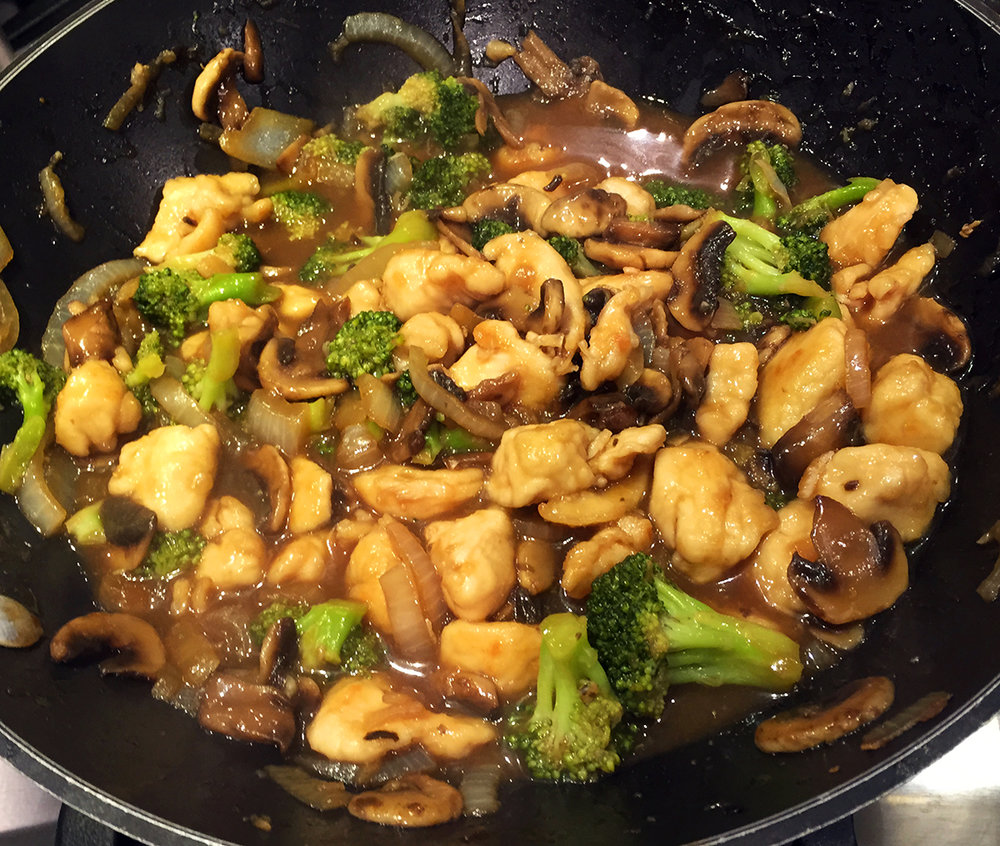 Chicken Broccoli and Mushroom Stir Fry