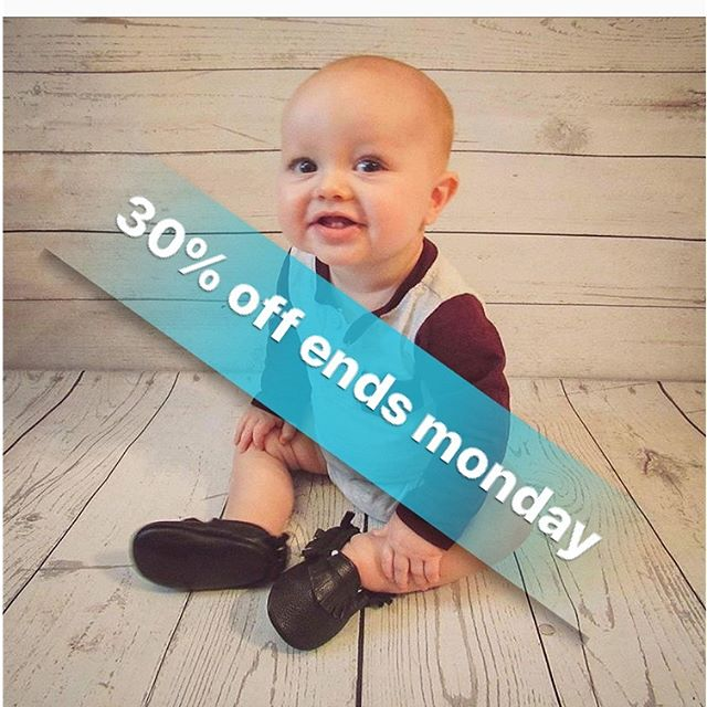 30% off is still available!!!! Check out through Etsy for it to apply. Ends Monday night. You don't wanna miss this opportunity •• • • • Www.chachacoutures.etsy.com • • • • #cybermonday #blackfriday #blackfriday2018 #etsyblackfriday #etsyseller #etsysale #sale #discounted #babyboutique #onlinesale #blackfridaydeals #salesale #etsyfinds #etsysellersofinstagram
