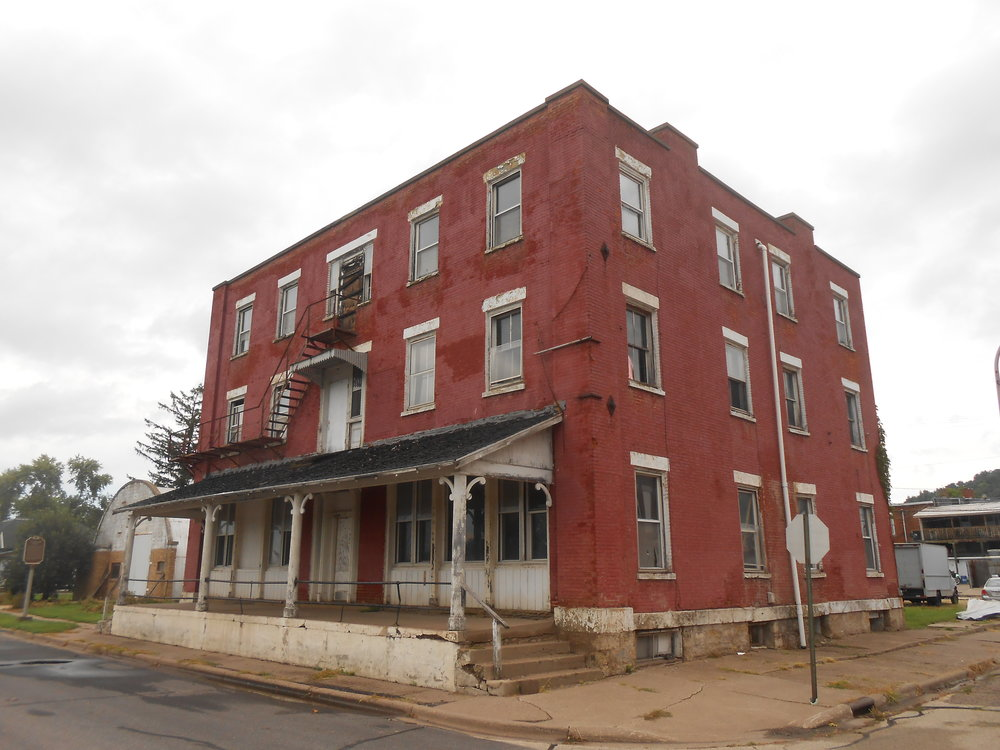 PEOPLE'S CHOICE AWARD WINNER   Denniston House (1836)   117 E Front Street | Cassville, WI   WTHP project info    Wisconsin Historical Society Record