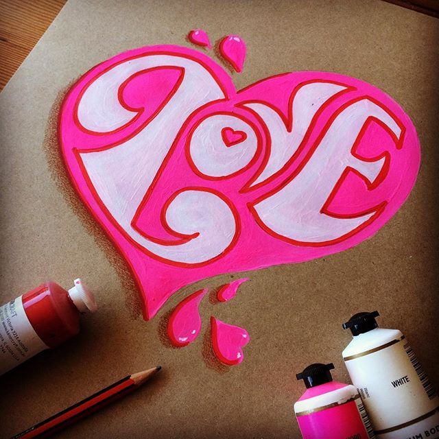 Not exactly made for 47 year old, married gals such as myself, but anything celebrating love, is more than fine in my books. Happy Valentines Day everyone! ❤️💕😘 #handdrawnletters #handlettering #elapurnell #love #pink #valentine