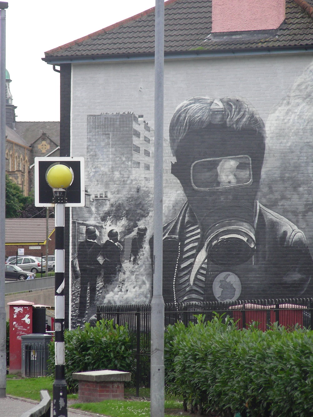 Rainyday (Petrol Bomber), Derry/Northern Ireland, 2008.