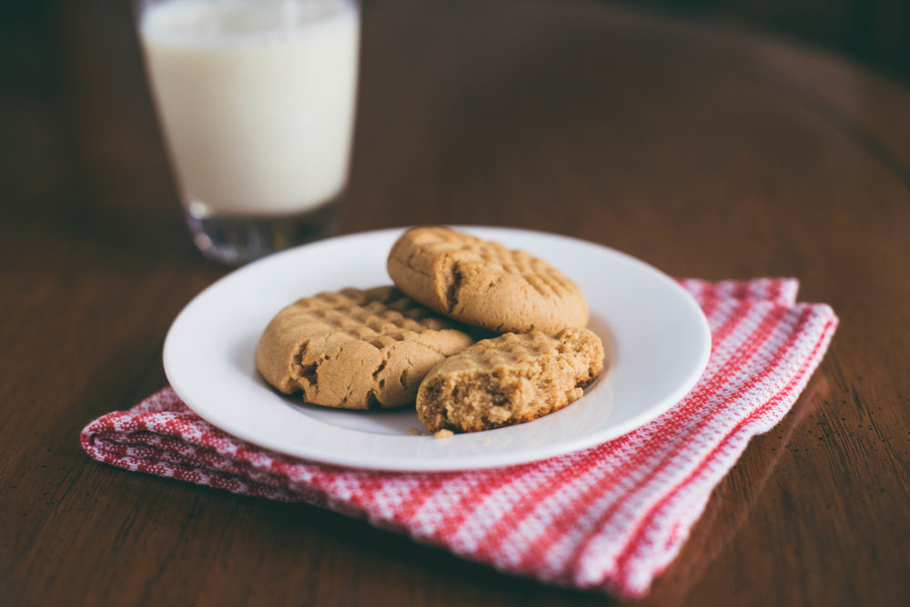 chewy vegan peanut butter cookies