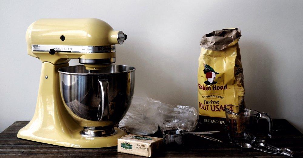 baking-in-kitchen