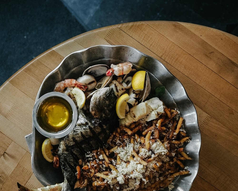 seafood toronto oyster boy platter