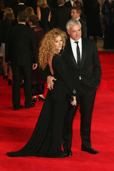0043_Kelly Hoppen Daniel Craig World Premiere newest bPebHy_nlg4l.jpg