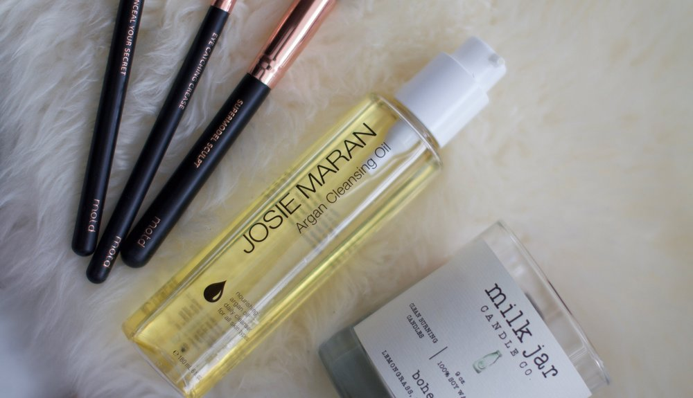 JOSIE MARAN ARGAN CLEANSING OIL VEGAN