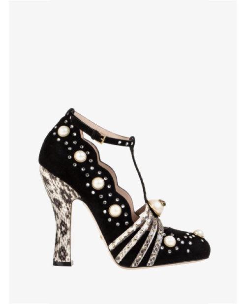 Gucci black heels $2,141