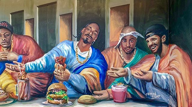 🍦The Last Supper with rap gods painted on the wall instead of the Jesus and his disciples at #MilkyLane. Service wasn't great, but the #hiphop influenced atmosphere was cool and the burgers were killer. Definitely worth checking out if you're near #bondibeach.