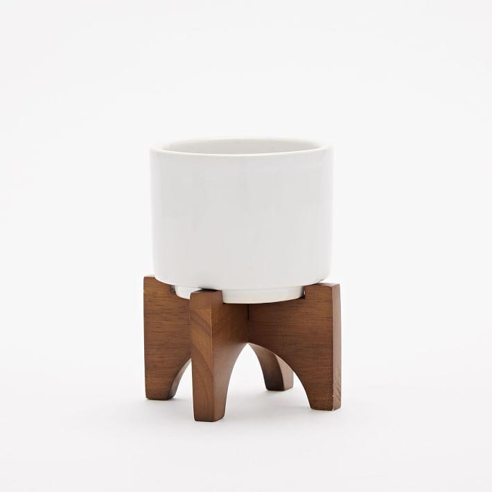 turned-wood-leg-tabletop-planters-2-o.jpg
