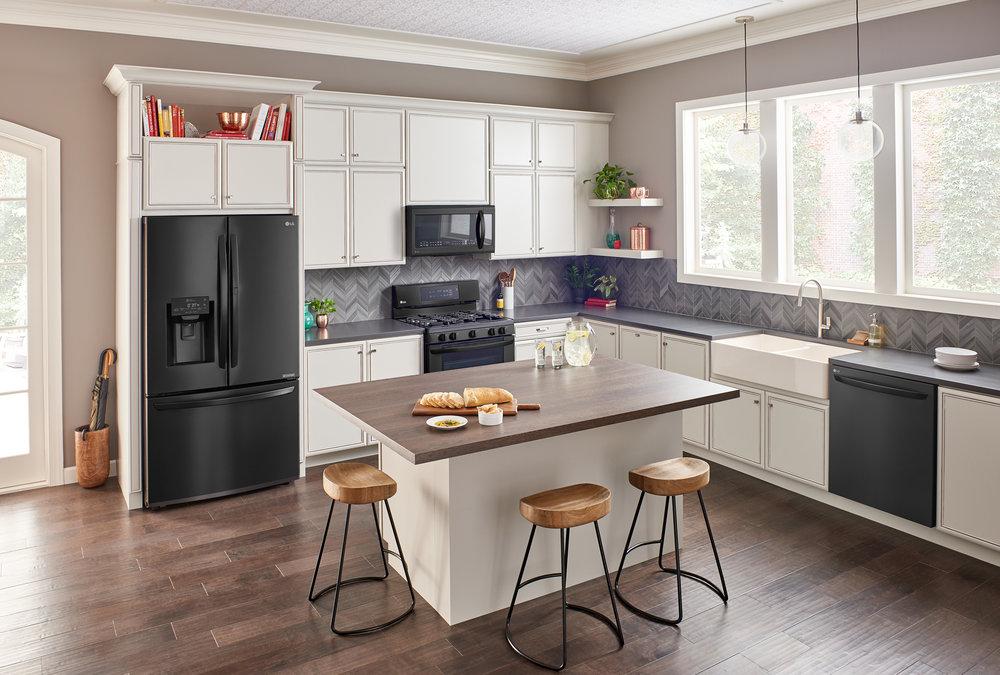 LG_Kitchen2_MatteBlack-FullRoom-Shot3.jpg