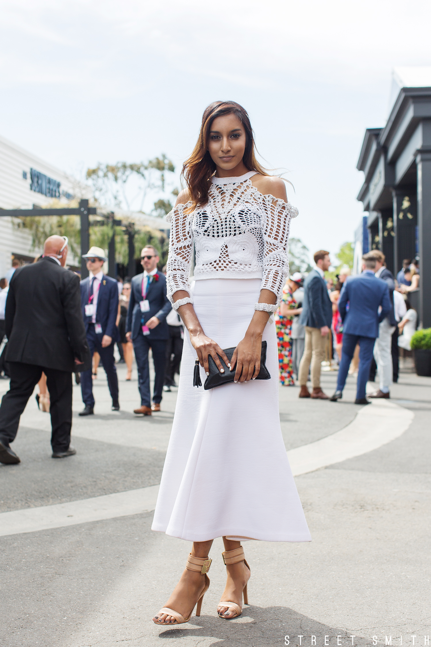 ELLE s Best Dressed From The 2017 Kennedy Oaks Day ELLE 33