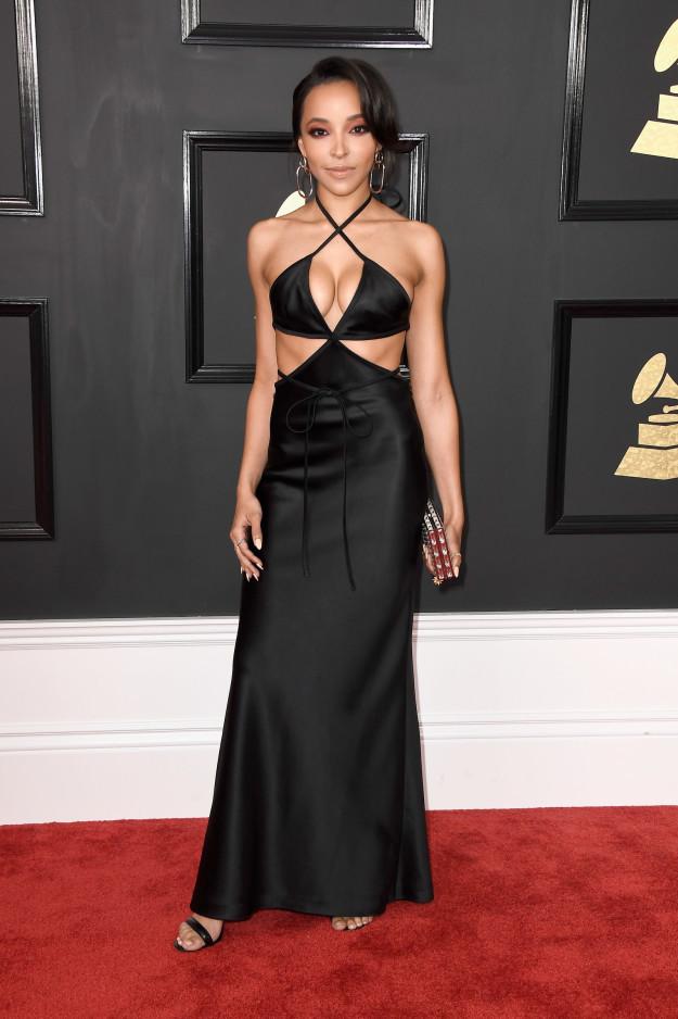 Tinashe - Boobs. Just boobs.