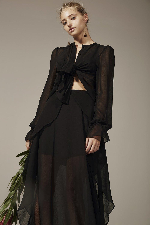 Shop  Finders Memphis Blouse  +  Memphis Skirt .
