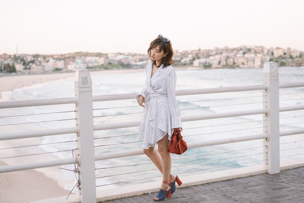 Save wears C/MEO Everlasting L/S Dress + JAGGAR Pinnacle Denim Heel. Image courtesy of Savislook.