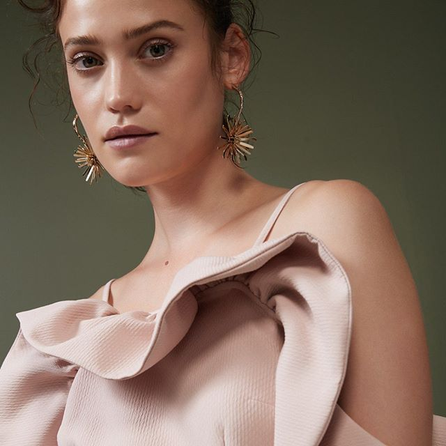 We're seriously crushing on @emily_meuleman for #new @keepsakethelabel collection 'Assembly'. Available online now. Link in bio. #BNKR #KeepsakeTheLabel #model #beauty #shopnow