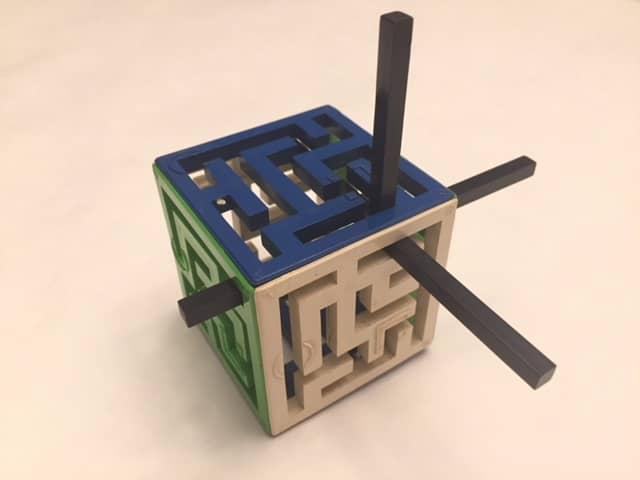 $8-Oskar's Maze