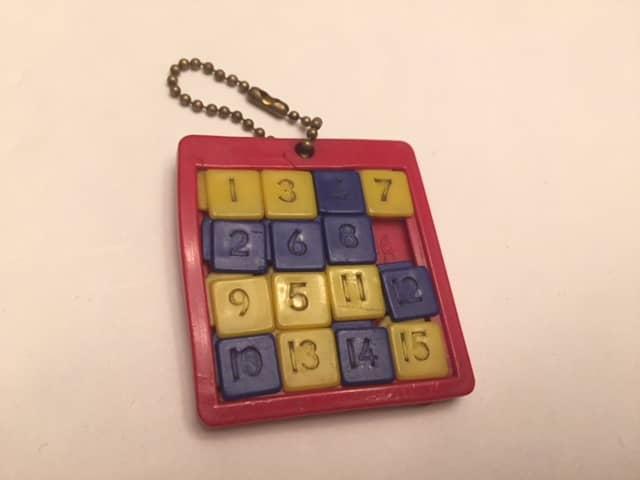 $8-Keychain Vintage 15 Puzzle